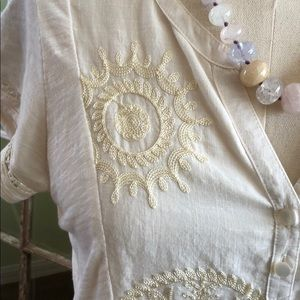 GORGEOUS EMBROIDERED TOP